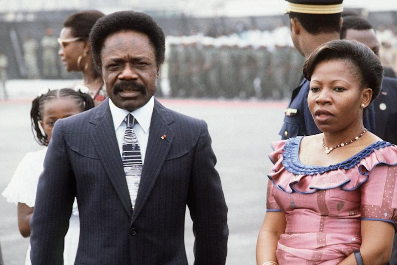 Gabonese President Omar Bongo Ondimba and his wife Josephine Bongo, pictured at Libreville airport, in 1983 (AFP Photo/)