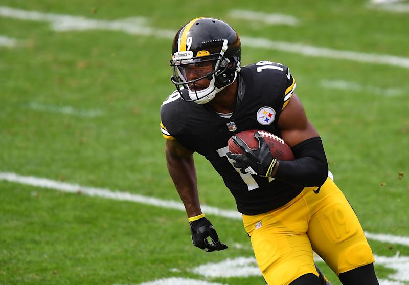 JuJu Smith-Schuster #19 of the Pittsburgh Steelers