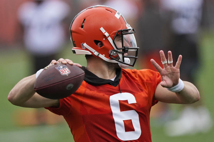 Cleveland Browns quarterback Baker Mayfield throws during an NFL football practice, Thursday, July 29, 2021, in Berea, Ohio. (AP Photo/Tony Dejak)