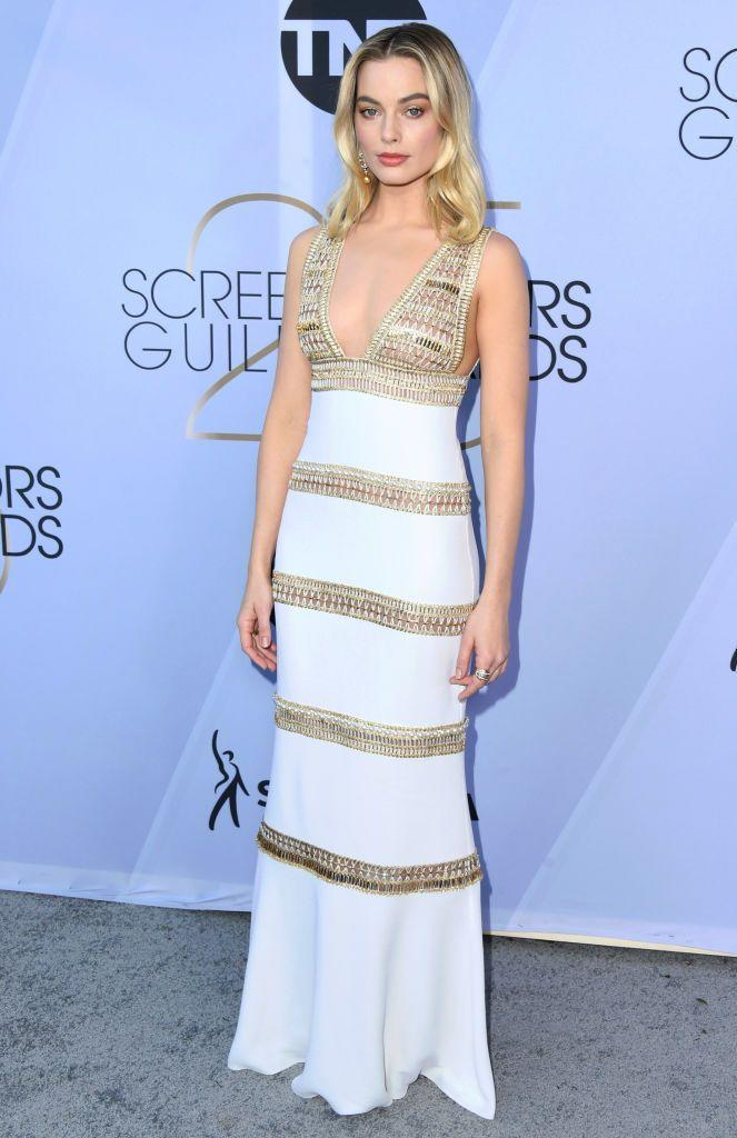 <p>On closer inspection, Margot Robbie's white and gold Chanel dress - which she sported for the Screen Actors Guild Awards 2019 - comprised of sheer panels, strategically placed. Only the stunning Aussie actress could pull off the look.</p>