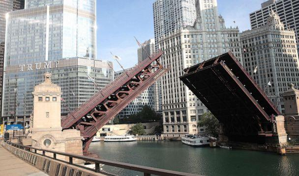 PHOTO: Bridges that lead into the city were raised to limit access after widespread looting and vandalism took place, Chicago, Aug 10, 2020 (Scott Olson/Getty Images)