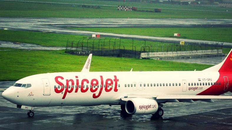 "SpiceJet Flight Diverted Due to ""Foul Smell"" From Lavatory"
