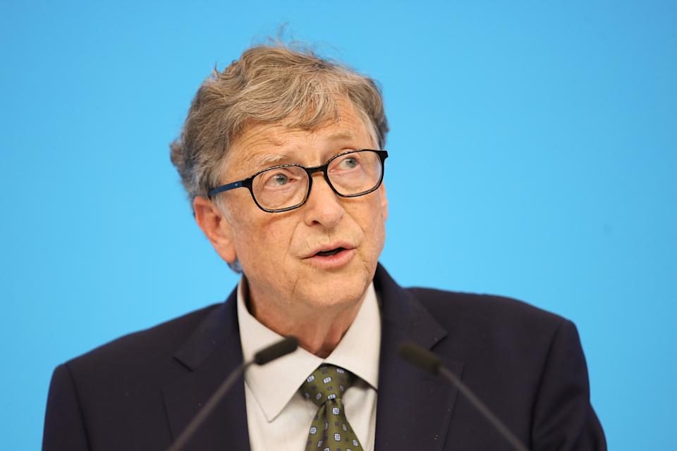 SHANGHAI, CHINA - NOVEMBER 05:  Microsoft founder Bill Gates speaking duirng the Hongqiao International Economic and Trade Forum in the China International Import Expo at the National Exhibition and Convention Centre on November 5, 2018 in Shanghai, China. The first China International Import Expo will be held on November 5-10 in Shanghai.  (Photo by Lintao Zhang/Getty Images)