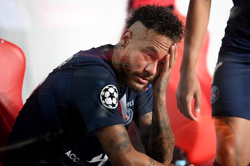 LISBON, PORTUGAL - AUGUST 23: Neymar of Paris Saint-Germain looks dejected following his team's defeat in the UEFA Champions League Final match between Paris Saint-Germain and Bayern Munich at Estadio do Sport Lisboa e Benfica on August 23, 2020 in Lisbon, Portugal. (Photo by Michael Regan - UEFA/UEFA via Getty Images)
