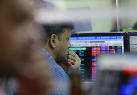 Sensex jumps 470 points to close at 33066; Nifty settles at 10131