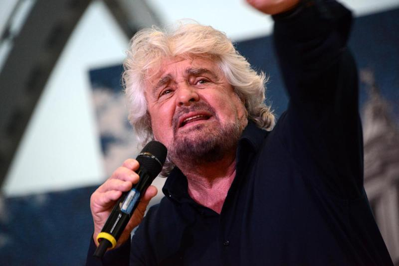 Botta e risposta Beppe Grillo-Open Fiber