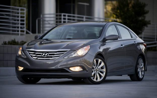 "<p style=""text-align:right;"">  <b><a href=""http://ca.autos.yahoo.com/hyundai/sonata-hybrid/"" target=""_blank"">2013 Hyundai Sonata Hybrid 4dr Sdn</a></b><br>  <b>TOTAL SAVINGS $6,039</b><br>  <a href=""http://www.unhaggle.com/yahoo/"" target=""_blank""><img src=""http://www.unhaggle.com/static/uploads/logo.png""></a>  <a href=""http://www.unhaggle.com/dealer-cost/report/form/?year=2013&make=Hyundai&model=Sonata%20Hybrid&style_id=358805"" target=""_blank""><img src=""http://www.unhaggle.com/static/uploads/getthisdeal.png""></a><br>  </p>  <div style=""text-align:right;"">  <br><b>Manufacturer Suggested Retail Price</b>:  <b>$27,999</b>  <br><br><a href=""http://www.unhaggle.com/Hyundai/Sonata%20Hybrid/Incentives/"" target=""_blank"">Hyundai Canada Incentive</a>*: $4,000  <br>Unhaggle Savings: $2,039  <br><b>Total Savings: $6,039</b>  <br><br>Mandatory Fees (Freight, Govt. Fees): $1,700  <br><b>Total Before Tax: $23,660</b>  </div>  <br><br><p style=""font-size:85%;color:#777;"">  * Manufacturer incentive displayed is for cash purchases and may differ if leasing or financing. For more information on purchasing any of these vehicles or others, please visit <a href=""http://www.unhaggle.com"" target=""_blank"">Unhaggle.com</a>. While data is accurate at time of publication, pricing and incentives may be updated or discontinued by individual dealers or manufacturers at any time. Vehicle availability is also subject to change based on market conditions. Unhaggle Savings is a proprietary estimate of expected discount in addition to manufacturer incentive based on actual savings by Unhaggle customers  </p>"