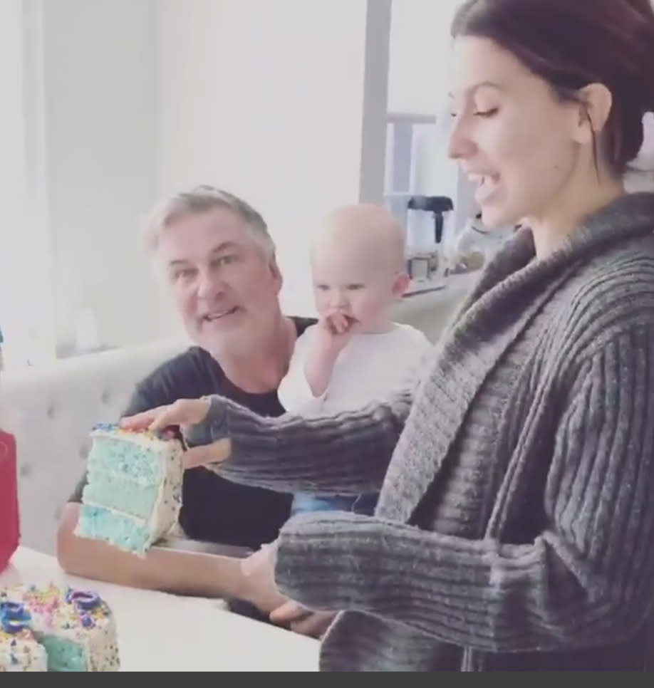 """<p>Looks like we're gettting a new generation of Baldwin brothers. The actor and his wife, Hilaria, revealed that they are expecting a boy, as they cut into a """"magic cake"""" that turned out to be blue inside. The couple, who already have three kids together — two boys and a girl — will be welcoming another son. """"Our Baldwinitos are getting a new teammate this spring,"""" the expectant mom announced Friday. This will be baby No. 5 for Alec, who is also a dad to daughter Ireland Baldwin, 22. (Photo: <a rel=""""nofollow noopener"""" href=""""https://www.instagram.com/p/BbFz36BDsq6/?taken-by=iamabfalecbaldwin"""" target=""""_blank"""" data-ylk=""""slk:Alec Baldwin via Instagram"""" class=""""link rapid-noclick-resp"""">Alec Baldwin via Instagram</a>) </p>"""