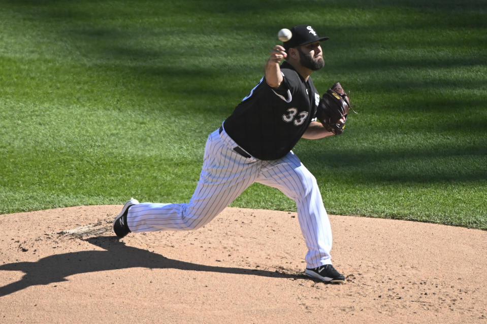 Chicago White Sox starting pitcher Lance Lynn (33) delivers during the first inning of the second baseball game of a doubleheader against the Baltimore Orioles, Saturday, May 29, 2021, in Chicago. (AP Photo/Matt Marton)