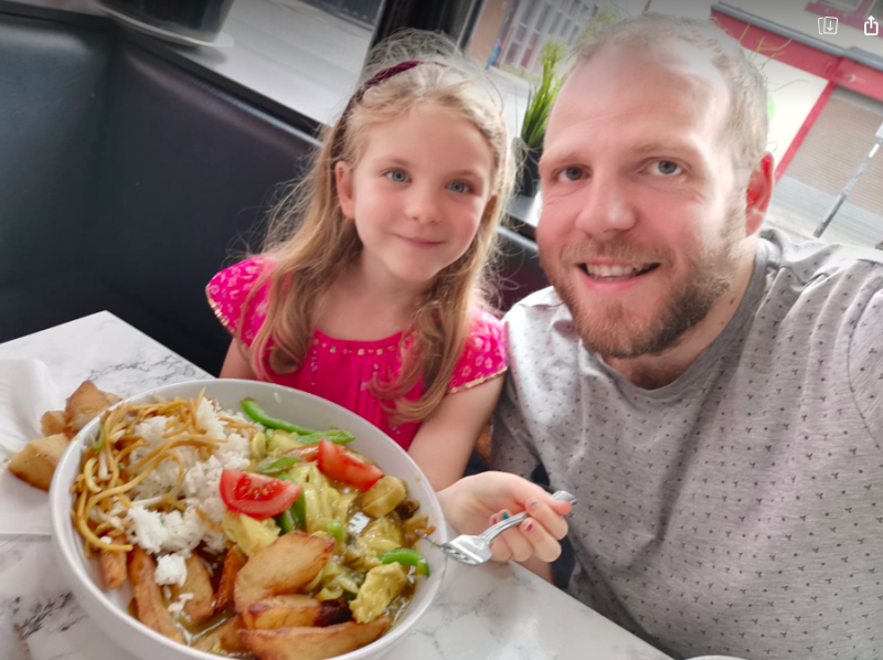 Daniel Davies-Luke, pictured with daughter Luna, has managed to save over £200 by using the Eat Out to Help Out scheme. (Facebook/Daniel Davies-Luke)