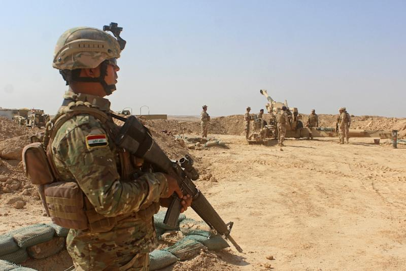 Iraqi forces prepare to launch an offensive on one of the two last jihadist stronghold in Iraq (AFP Photo/MOADH AL-DULAIMI)