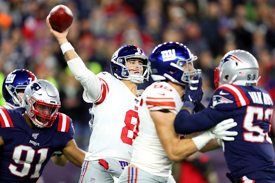 FOXBOROUGH, MASSACHUSETTS - OCTOBER 10: Daniel Jones #8 of the New York Giants throws a pass against the New England Patriots during the second quarter in the game at Gillette Stadium on October 10, 2019 in Foxborough, Massachusetts. (Photo by Maddie Meyer/Getty Images)