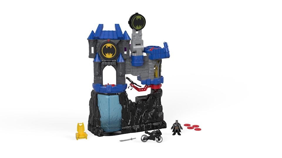 <p>Square off with an angry Bane with Wayne Manor, and the Batcave, as your playground. Remember to light the Bat-Signal if you need help from your Super Friends. (Photo: Mattel) </p>