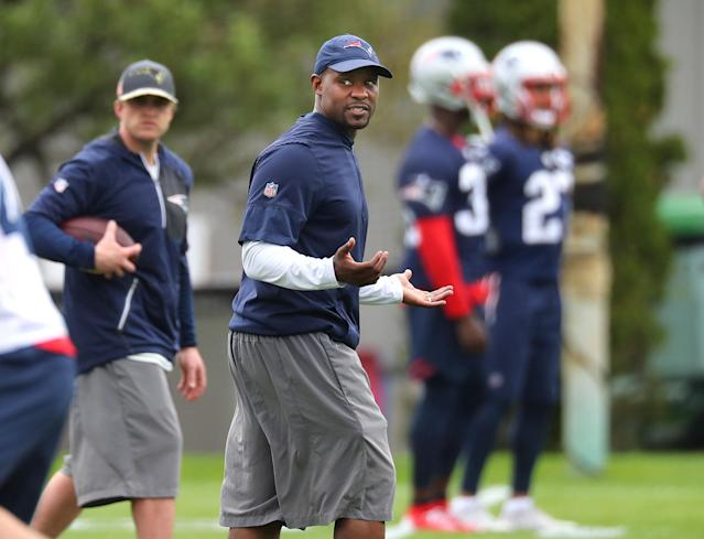 Patriots linebackers coach Brian Flores is expected to become the Miami Dolphins' new head coach at the end of the season. (Getty Images)