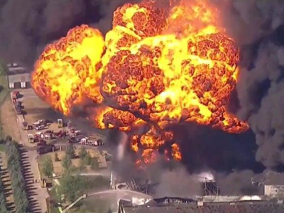 A fireball explodes out from a Chemtool plant in Rockton, Illinois, as firefighters battle the blaze (screengrab)