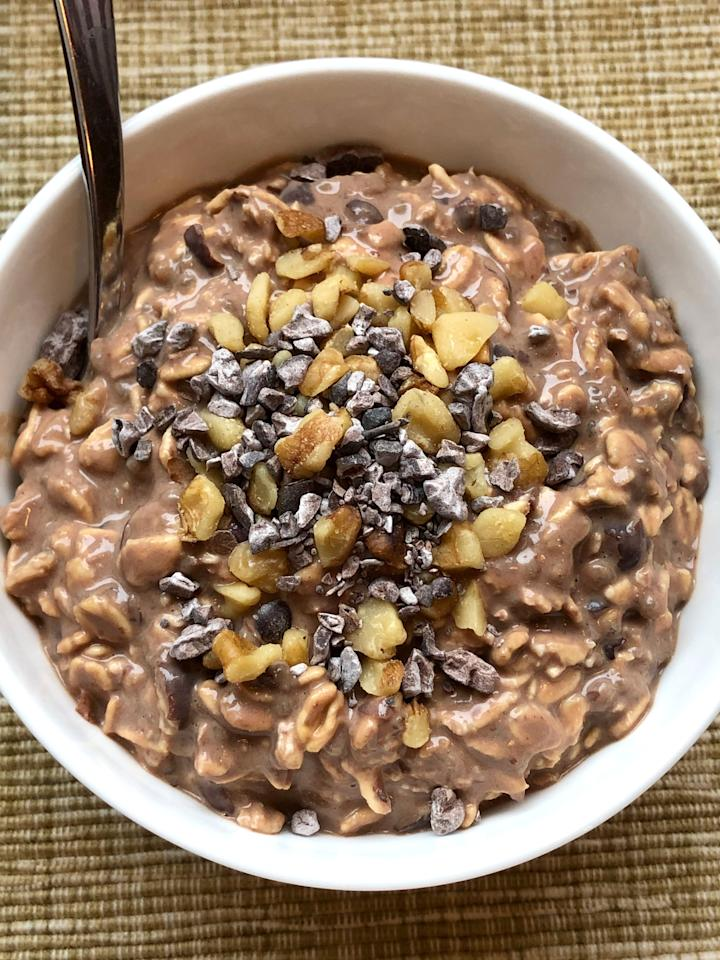 "<p>If you're trying to eat plant-based but you don't like the idea of eating processed food (like protein powder) to get your nutrition, whip up this overnight oats recipe made solely with whole foods.</p> <p><strong>Calories:</strong> 365<br> <strong>Protein:</strong> 17.1 grams</p> <p><strong>Get the recipe:</strong> <a href=""https://www.popsugar.com/fitness/high-protein-black-bean-brownie-overnight-oats-47076828"" class=""ga-track"" data-ga-category=""Related"" data-ga-label=""https://www.popsugar.com/fitness/high-protein-black-bean-brownie-overnight-oats-47076828"" data-ga-action=""In-Line Links"">black bean brownie overnight oats</a></p>"