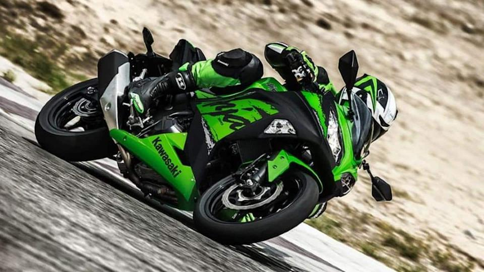 Kawasaki Ninja 300 to be launched by April; bookings open