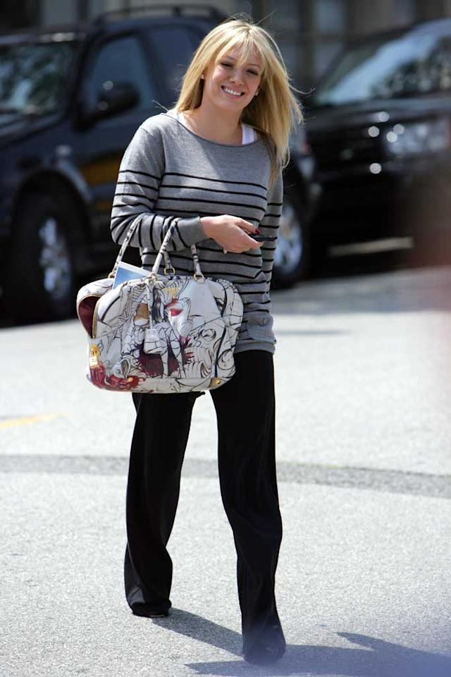 "Hilary Duff emerged from the hairdresser Wednesday with a new blond coif. The 20-year-old has reportedly been offered a part on the upcoming ""Beverly Hills 90210"" spin-off. <a href=""http://www.x17online.com"" target=""new"">X17 Online</a> - April 23, 2008"