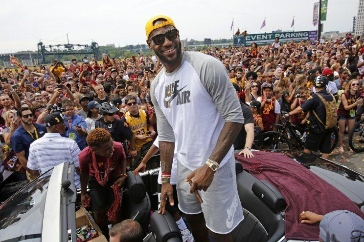 LeBron James wants the Cavs to re-sign J.R. Smith. (AP)
