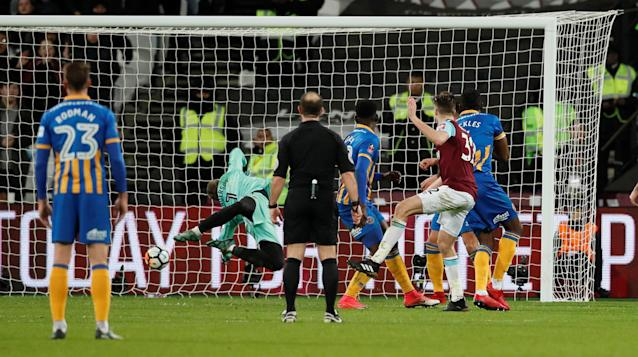 Soccer Football - FA Cup Third Round Replay - West Ham United vs Shrewsbury Town - London Stadium, London, Britain - January 16, 2018 West Ham United's Reece Burke scores their first goal REUTERS/David Klein