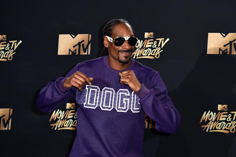 Snoop Dogg Signs On To Host Reboot Of Game Show 'The Joker's Wild' On TBS