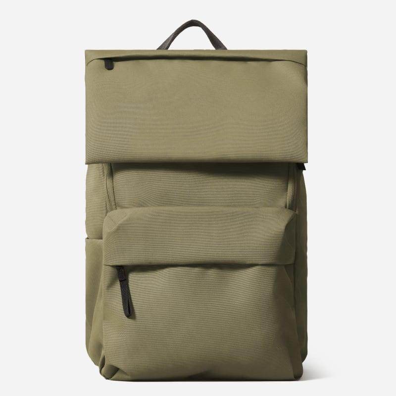 """<h2>Everlane The ReNew Transit Backpack</h2><br>""""I highly underestimated how much you still need a backpack in post-grad life when you're no longer running to class every day. This Everlane pack is so pretty on the outside with its earth tone and simple design, but it also has enough storage to haul everything I need whether I'm commuting to the office or heading to the airport."""" <em>– Alexandra Polk, Lifestyle Writer</em><br><br><em>Shop <a href=""""http://everlane.com"""" rel=""""nofollow noopener"""" target=""""_blank"""" data-ylk=""""slk:Everlane"""" class=""""link rapid-noclick-resp"""">Everlane</a></em><br><br><strong>Everlane</strong> The ReNew Transit Backpack, $, available at <a href=""""https://go.skimresources.com/?id=30283X879131&url=https%3A%2F%2Fwww.everlane.com%2Fproducts%2Fwomens-renew-backpack-peat"""" rel=""""nofollow noopener"""" target=""""_blank"""" data-ylk=""""slk:Everlane"""" class=""""link rapid-noclick-resp"""">Everlane</a>"""