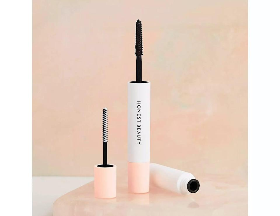 <p>The <span>Honest Beauty Extreme Length 2-in-1 Mascara and Lash Primer with Jojoba Esters</span> ($17) will give you long-lasting length and volume with one product. One side has a lash primer that preps your lashes and lengthens, the other side coats your lashes with a rich black mascara that lifts without clumps.</p>