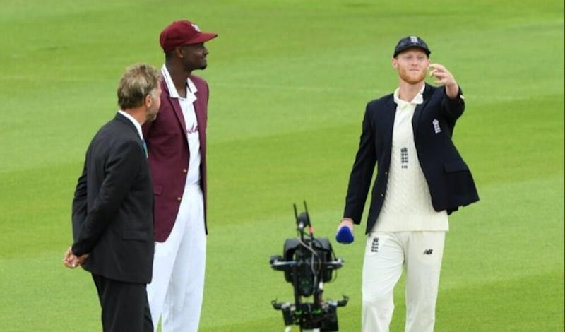 Jason Holder Forgets Social Distancing Norms, Inadvertently Shakes Hands With Ben Stokes At Toss Before ENG vs WI 1st Test 2020 (Watch Video)