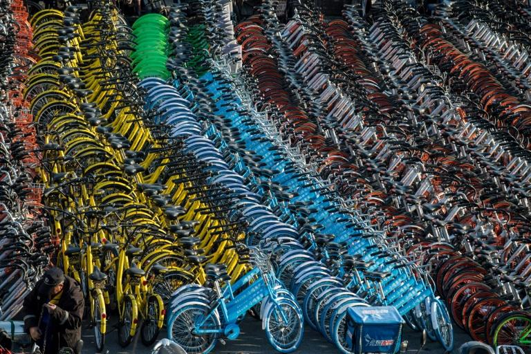 Bike rental costs can be as low as 1 yuan (15 US cents) per hour and the bikes can be left anywhere for the next user to come along