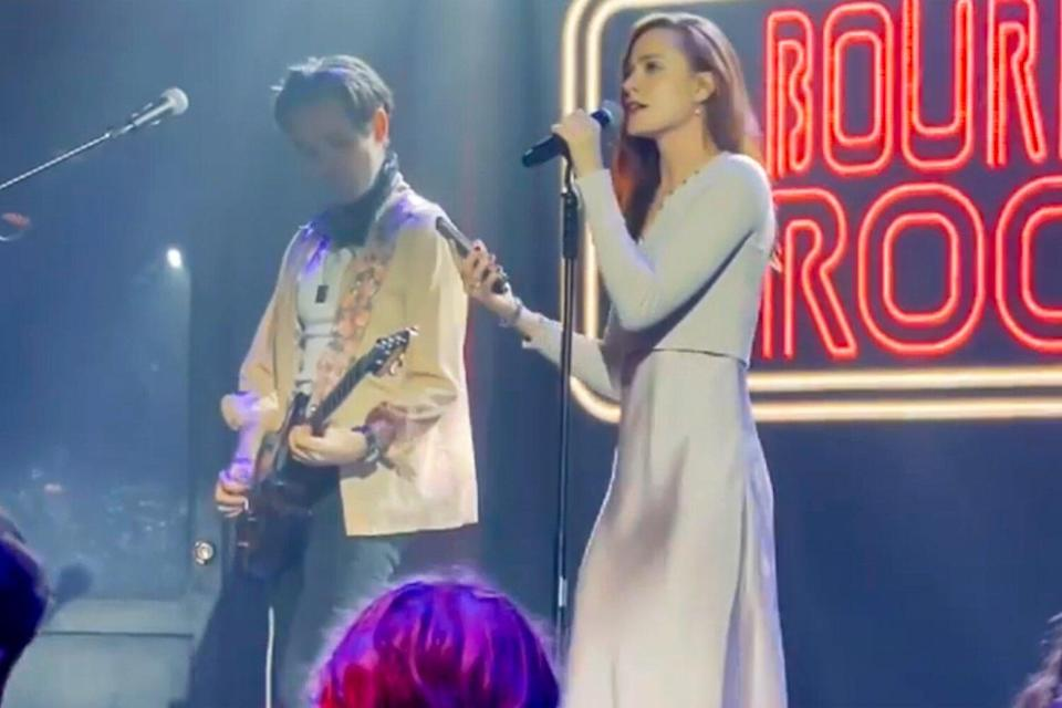 Evan Rachel Wood Gives Marilyn Manson the Finger in Live Performance Dedicated to Assault Survivors