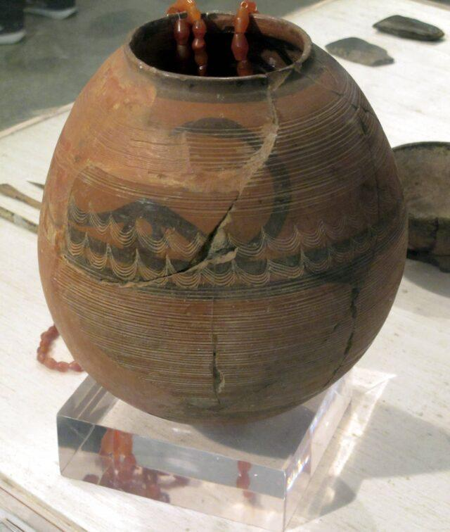 An excavated work of pottery from the Burzahom site