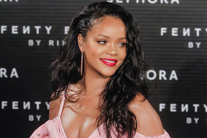 Rihanna & LVMH Announce Fenty Fashion Label - See Her Logo!