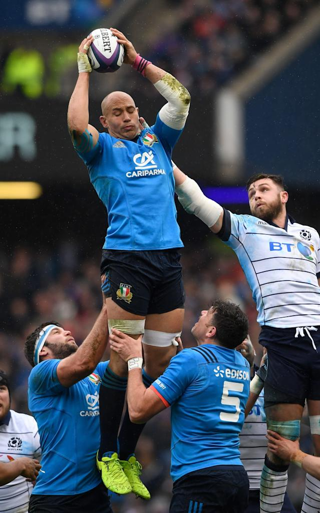 <span>Sergio Parisse competes with Ryan Wilson at the line out</span> <span>Credit: Getty Images </span>