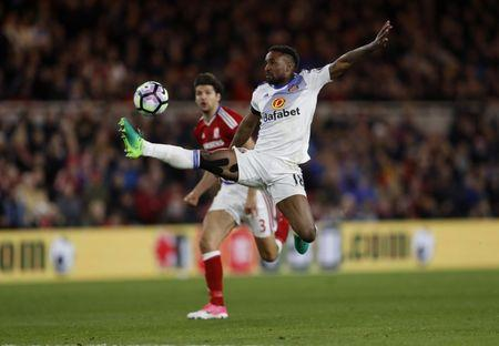 Sunderland's Jermain Defoe in action