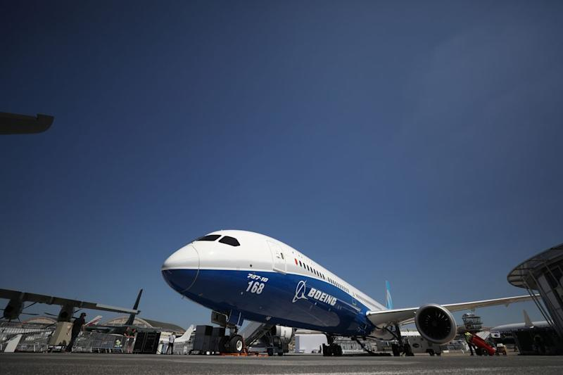 Boeing 787's Range Capped by FAA After Latest Rolls Glitch