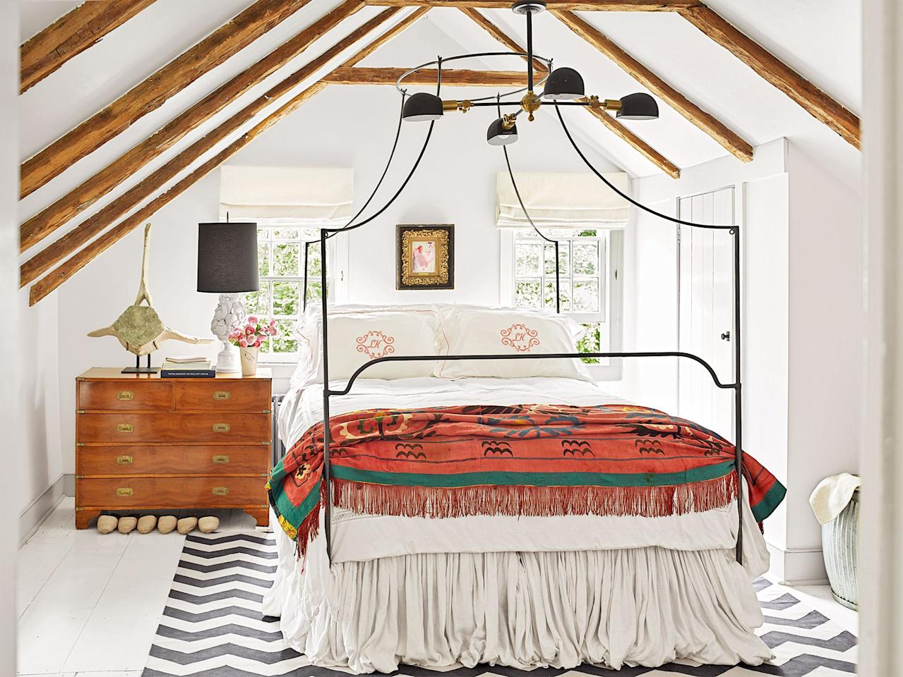 """<p>Shabby chic <a href=""""https://www.housebeautiful.com/room-decorating/bedrooms/g648/beautiful-designer-bedrooms/"""" target=""""_blank"""">bedrooms</a> are all about embracing your sentimental side and taking an <a href=""""https://www.housebeautiful.com/room-decorating/g26469368/decorating-with-vintage-furniture/"""" target=""""_blank"""">economical</a> approach to create a stylish, cozy, grounded sanctuary. Invented by designer <a href=""""https://www.shabbychic.com/"""" target=""""_blank"""">Rachel Ashwell</a>, the style's rustic and romantic, where every single item has a story to tell! That's not to say that all shabby chic bedrooms follow the exact same aesthetic—they can skew traditional and refined, <a href=""""https://www.housebeautiful.com/room-decorating/bedrooms/g26533112/minimalist-bedroom-ideas/"""" target=""""_blank"""">minimalist</a>, even contemporary. Read on for 26 shabby chic <a href=""""https://www.housebeautiful.com/room-decorating/bedrooms/g27287878/cool-beds/"""" target=""""_blank"""">bedroom ideas</a>, designer examples, and shopping tips to help you create your dream space. </p>"""