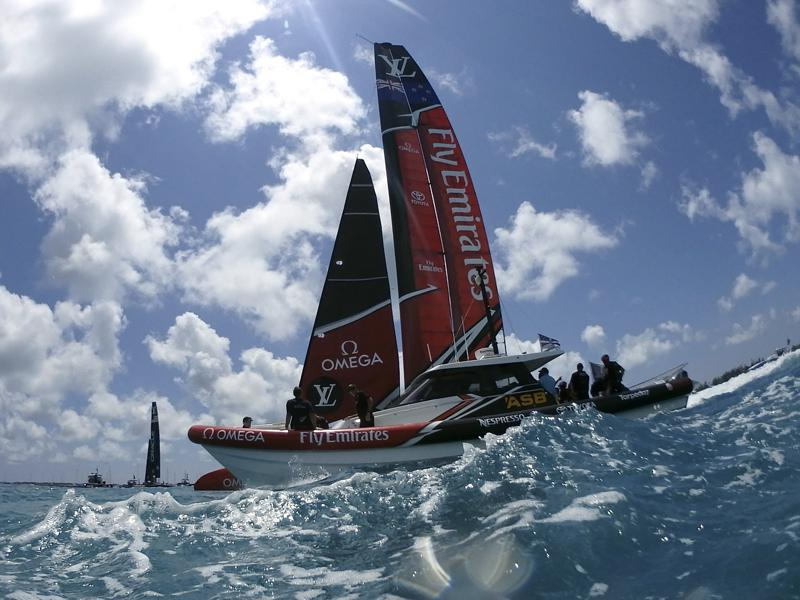 Team NZ take America's Cup lead