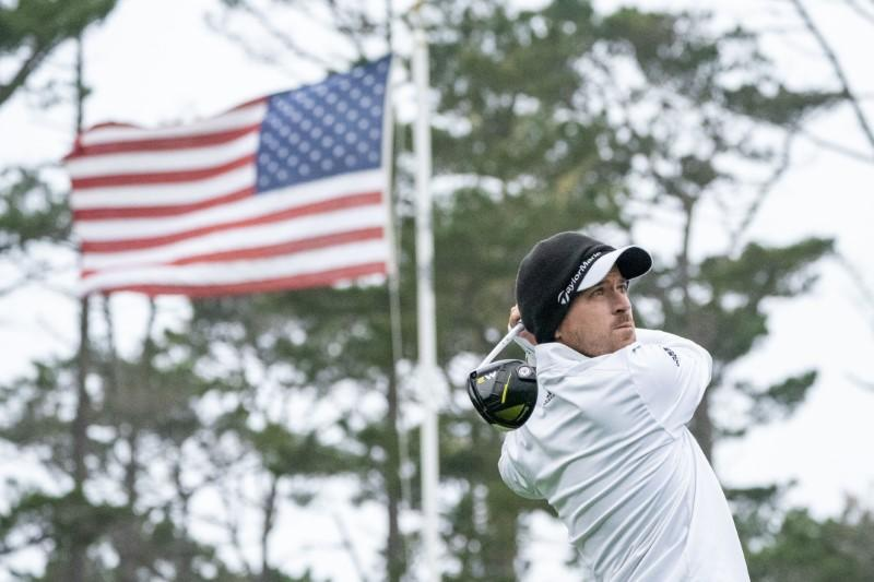 Mickelson, one behind Taylor, close to record sixth Pebble Beach win