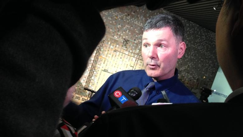 Scarborough subway supporters and critics clash at city hall