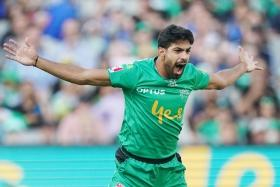 Pakistan emerging bowler Haris Rauf lits BBL with his hat-trick against Sydney Thunder