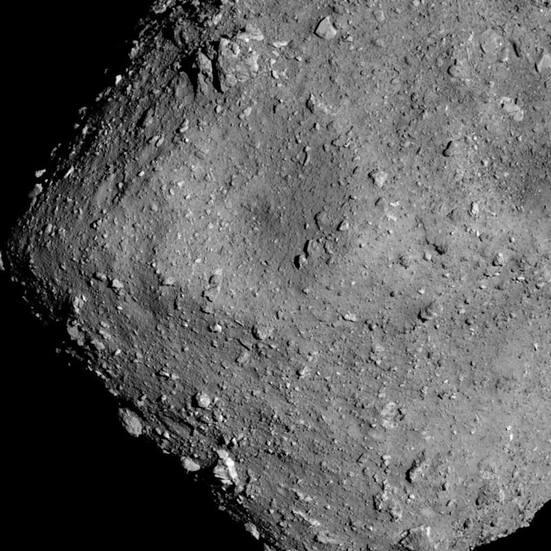 Japan space probe drops rovers towards asteroid