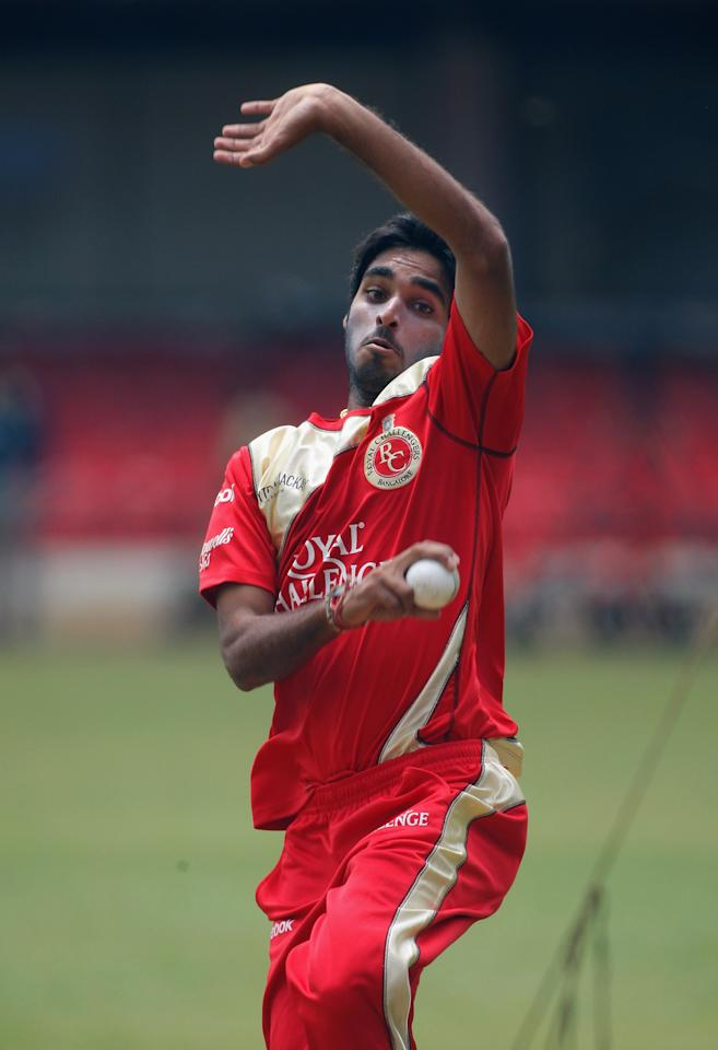 BANGALORE, INDIA - OCTOBER 07: Bhuvneshwar Kumar in action during RC Bangalore Nets and Training at the Chinnaswamy Stadium on October 7, 2009 in Bangalore, India.  (Photo by Stu Forster - GCV/Global Cricket Ventures)