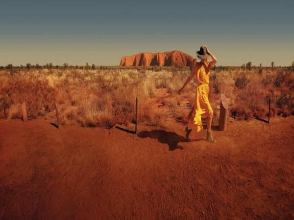 A moment of escape for travellers, experience the colour red and other shades across Australia in 8D