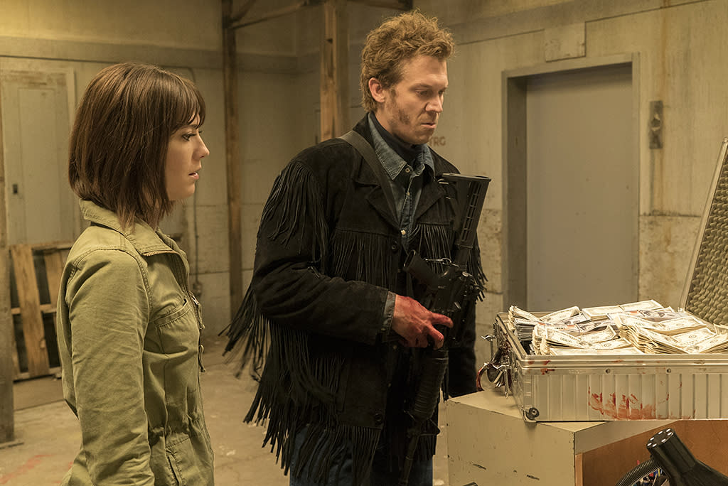<p>Mary Elizabeth Winstead as Nikki Swango, Russell Harvard as Mr. Wrench in FX's <i> Fargo</i>. (Photo: Chris Large/FX) </p>