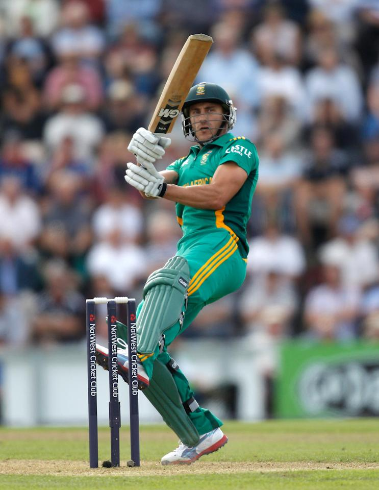 SOUTHAMPTON, ENGLAND - AUGUST 28:  Faf du Plessis of South Africa picks up some runs during the 2nd NatWest Series ODI match between England and South Africa at the Ageas Bowl on August 28, 2012 in Southampton, England.  (Photo by Harry Engels/Getty Images)