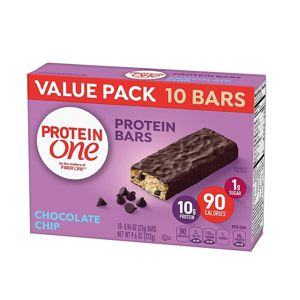 "<p>Since energy slumps often come as a surprise, it's helpful to keep a stash of protein bars at the ready. Plus, you should aim to include ""some protein and/or fat"" in snacks, says Taub-Dix. ""You'll get a much smoother blood sugar level and it will just make you feel more satiated."" Protein One bars have some healthy stats behind them: 90 calories, 10 grams of protein, and only 1 gram of sugar.</p> <p>($5.68 for 10; <a rel=""nofollow"" href=""https://www.walmart.com/ip/Protein-One-90-Calorie-Chocolate-Chip-Bars-10-ct-Value-Pack-9-6-oz/120598519"">walmart.com</a>)</p>"