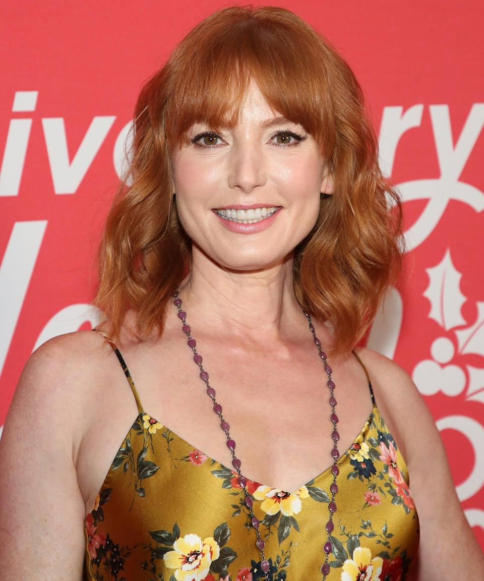 "<h2>Alicia Witt plays Dr. Karen Amos </h2><br><strong>Who Dr. Amos? </strong><br>An associate of Marla's who has been helping her find her wards. She is the one who connects Marla with Jennifer in exchange for few stock options. And no, they weren't <a href=""https://www.refinery29.com/en-us/2021/02/10291072/noah-centineo-star-gamestop-stock-movie-reactions"" rel=""nofollow noopener"" target=""_blank"" data-ylk=""slk:shares of GameStop"" class=""link rapid-noclick-resp"">shares of GameStop</a>. <strong><br><br>Where You've Seen Witt Before:</strong> <em><a href=""https://www.refinery29.com/en-us/2019/07/238667/every-character-inmate-ending-orange-is-the-new-black"" rel=""nofollow noopener"" target=""_blank"" data-ylk=""slk:Orange Is The New Black"" class=""link rapid-noclick-resp"">Orange Is The New Black</a>, Nashville, <a href=""https://www.refinery29.com/en-us/2020/04/9667201/shop-twin-peaks-fashion"" rel=""nofollow noopener"" target=""_blank"" data-ylk=""slk:Twin Peaks"" class=""link rapid-noclick-resp"">Twin Peaks</a></em><span class=""copyright"">Photo: Paul Archuleta/Getty Images.</span>"