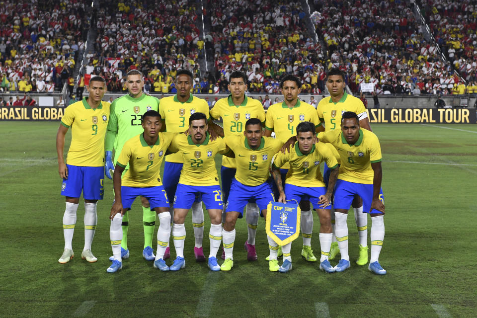 Sep 10, 2019; Los Angeles, CA, USA; The Brazil starting eleven pose for a team photo prior to the South American Showdown soccer match against Peru at Los Angeles Coliseum. Mandatory Credit: Kelvin Kuo-USA TODAY Sports