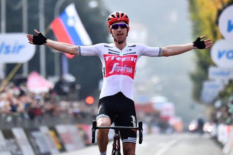 Dutch rider Bauke Mollema wins his first 'Monument' race in the Tour of Lombardy. (AFP Photo/MARCO BERTORELLO)