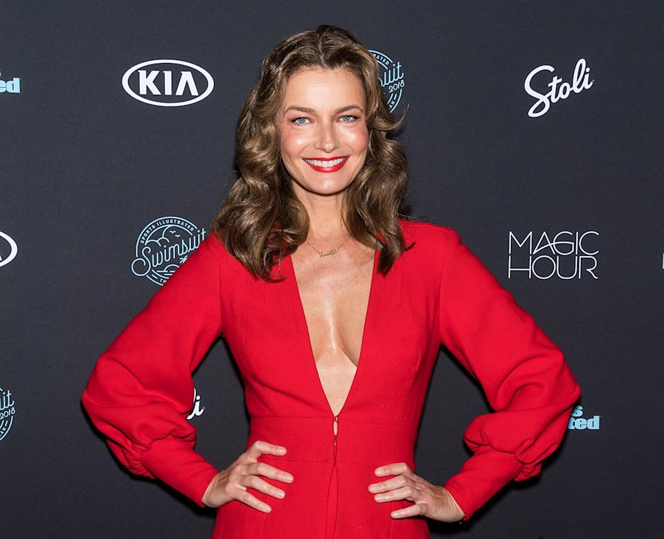 Paulina Porizkova continues her tour of transparency by showing off her gray hair. (Photo: Gilbert Carrasquillo/FilmMagic)